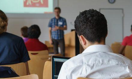 Geistig Behinderte unterrichten angehende Lehrer